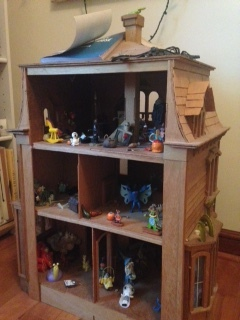 Haunted dollhouse!